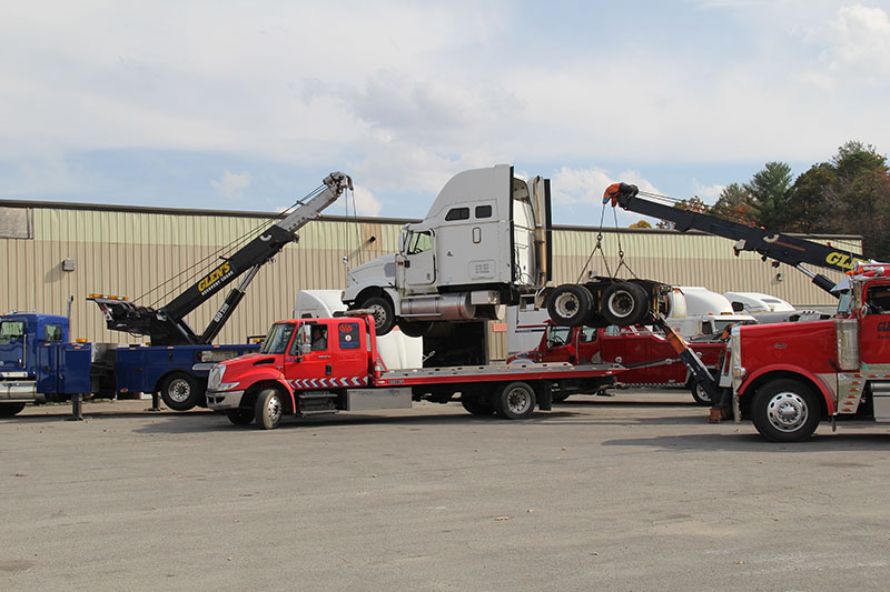 Glen Towing Roadside Assistance Tow Trucks Lifting Truck